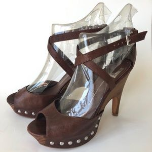 Dolce Vita Brown Leather Platfrom Sandals